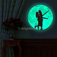 Часы настенные светящиеся в темноте Влюбленные 30см