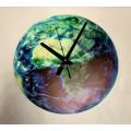 Часы настенные светящиеся в темноте Южная Америка  30см