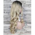 Парик блонд с боковым пробором и темными корнями волнистый 70см