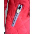Пуховик для девочки красный размер 128 на пуху
