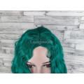Парик зеленый волнистый каре без челки с пробором женский 40см