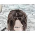 Парик русый пепельный волнистый 40см каре с боковым пробором имитация роста волос с сеточкой